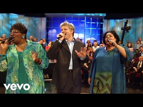 Bill & Gloria Gaither - Surely Our God Is Able [Live]