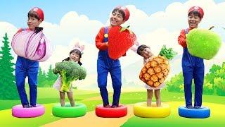 슈퍼마리오 마슈와 영어 동요 Learn colors with fruit for kids | Five little babies jumping on the bed song