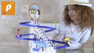 Распаковка игры гонки пингвинов Unboxing penguins race  Playful Penguin Race Toy