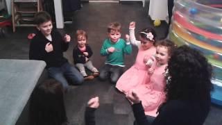 Bärenjagd Lied für Kinder