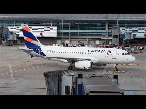 Latam Airlines Colombia A319 CC-COY despegando de Bogota pista 13L
