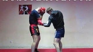 Тайский бокс для начинающих - Отработка ближнего боя(В этом видео уроке по тайскому боксу для начинающих, я покажу тебе как нужно отрабатывать ближний бой. Книга..., 2013-11-11T05:40:35.000Z)