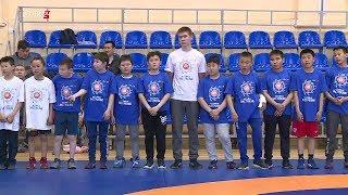 В рамках фестиваля «Настроение»  в Якутске продолжаются мастер - классы по вольной борьбе