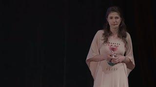Vorbește și învinge violența   Loredana Kaschovits   TEDxEroilor thumbnail