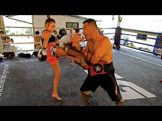 Ella pad work I Emerald Muay Thai Gym