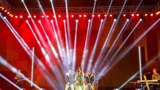 Vidya Vox - (Live In Concert)How Deep Is Your Love /Mashup + Hindi Remix.....