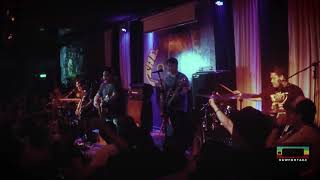 """DECEMBER AVENUE - """"Kung 'Di Rin Lang Ikaw"""" (Live @ 70's Bistro)"""