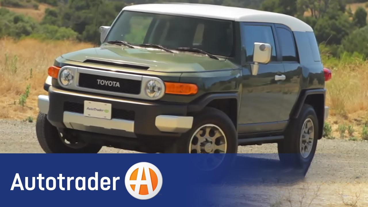 2012 toyota fj cruiser suv new car review autotrader. Black Bedroom Furniture Sets. Home Design Ideas