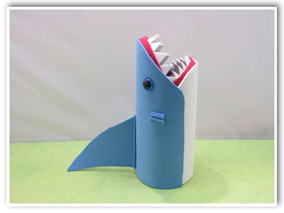 Easy Shark Back to School Pencil Holder or Vase DIY for ...