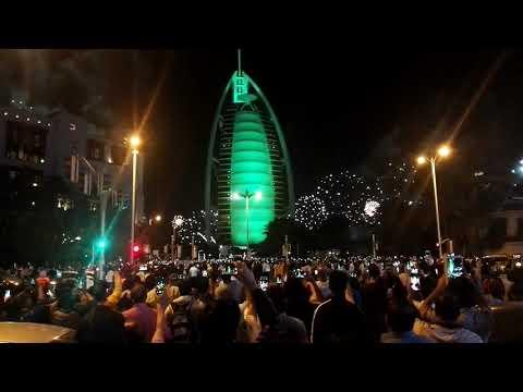 #HappyNewYear #2020 #Dubai #BurjAlArab #Nightview #firework #DXB