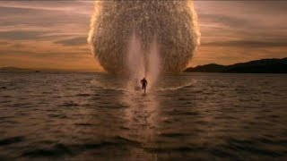 The Flash - S01 E05 - Barry run on water full scene