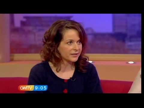 Julia Sawalha talks about Lark Rise to Candleford GMTV, 18.02.10  sOfInterest
