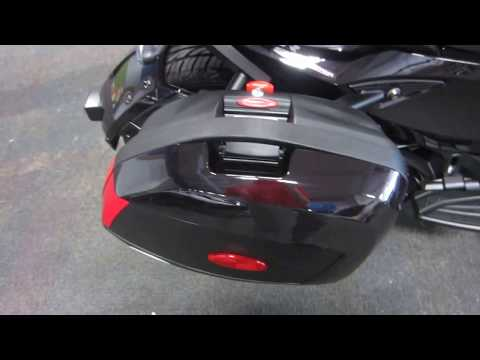 2013 Can-Am Spyder ST Limited SE5 UM299