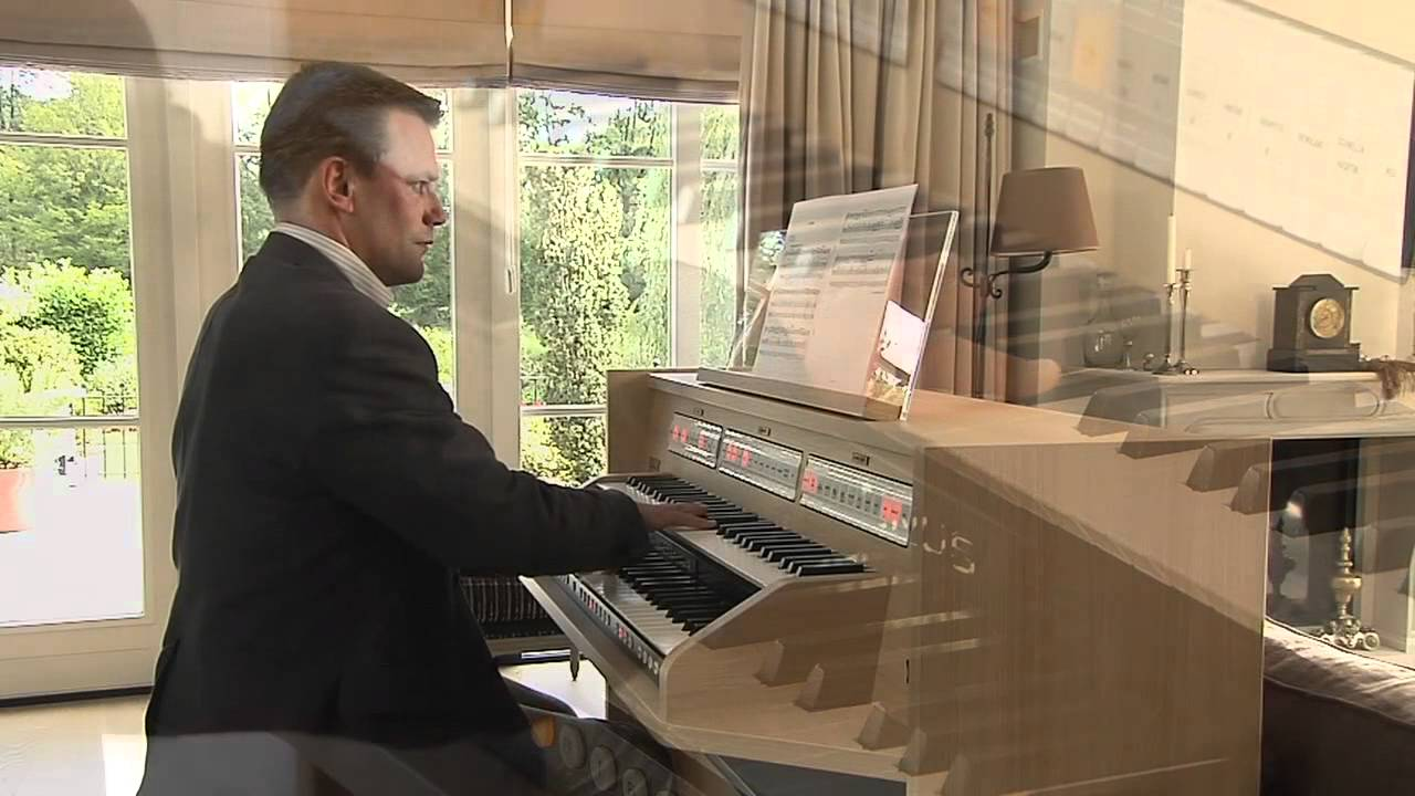 'Idylle' on the new Johannus Studio 150, played by André van Vliet