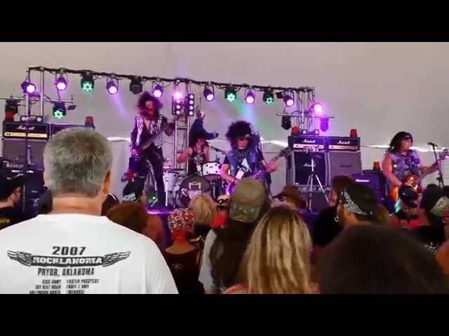 Ratchet Dolls : Whats Going On - Rocklahoma 2014