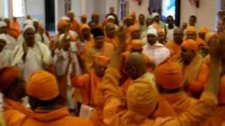 Repeat youtube video Ramakrishna Sharanam