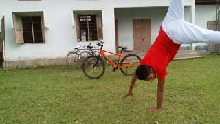 Funny bicycle stunt🤣🤣🤣🤣🤣🤣🤣😂😂😂😂