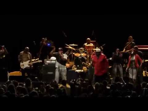 George Clinton & Parliament Funkadelic live concert Sydney 2015- Shake The Gate Medley