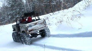 1966 Ford Bronco and Deep Snow 1/6