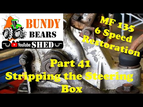 MF135 6 Speed Restoration #41 Dismantling The Steering Box.