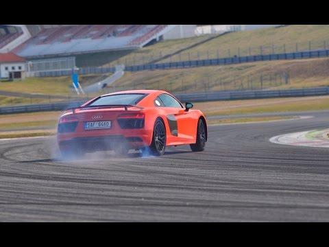 Audi R8 V10 Plus - atmosférická bestie na okreskách (English subtitles added)