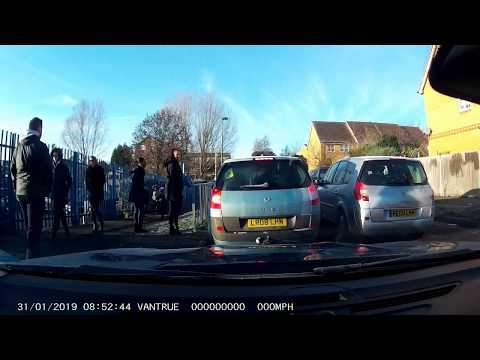 The School Run with stupid drivers