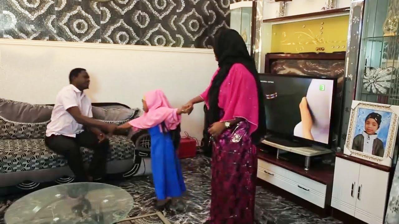 Download mahaifina ko mahaifiyata wacce ta fi ƙishi mugunta - Hausa Movies 2020 | Hausa Films 2020