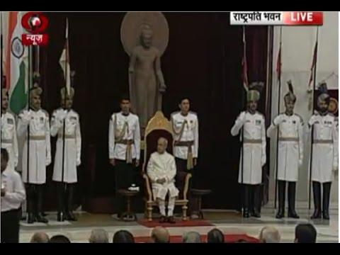 President Mukherjee gives away Padma Awards 2017
