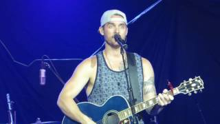 """Brett Young """"You Ain't Here To Kiss Me"""" Live @ BB&T Pavilion"""