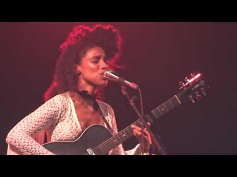 Lianne La Havas - Tokyo (live at Glastonbury 2017)