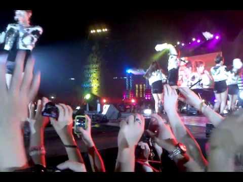 T-ara 12.03.11 Korean Music Wave Bangkok.mp4