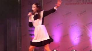 Нота Ля (экс-BadGirls) - Lolita. (на выставке XShow-2011 в Москве)