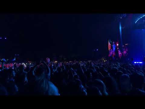 Ariana Grande - Breathin (Live at Coachella 2019 Weekend 1)