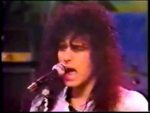 BRITNY FOX-Girlschool-LIVE 1988