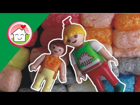 يوم اللعب بالبوزو في الحضانة -  عائلة عمر - أفلام بلاي