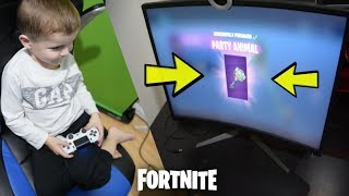 Spending Over 10,000 V-Bucks *5 YEAR OLD KID* Buying All NEW Epic Outfits & items! (Fortnite)