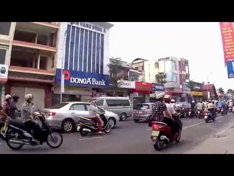 Walkabout in Danang Vietnam, 2015 July, part 1 of 2.