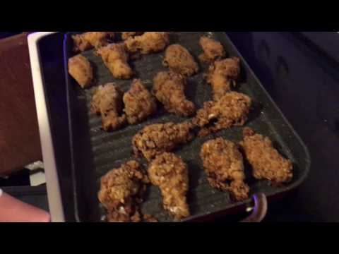 Oven fried chicken wings : in 3 Flavors