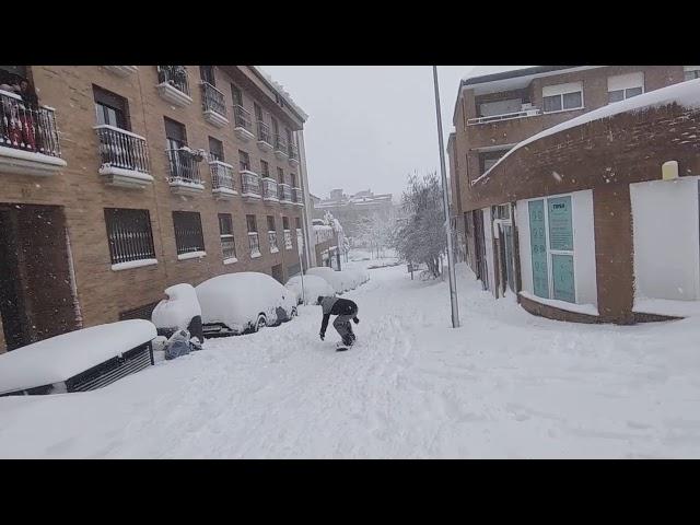 Pista de esquí en Majadahonda: calle de la Mina