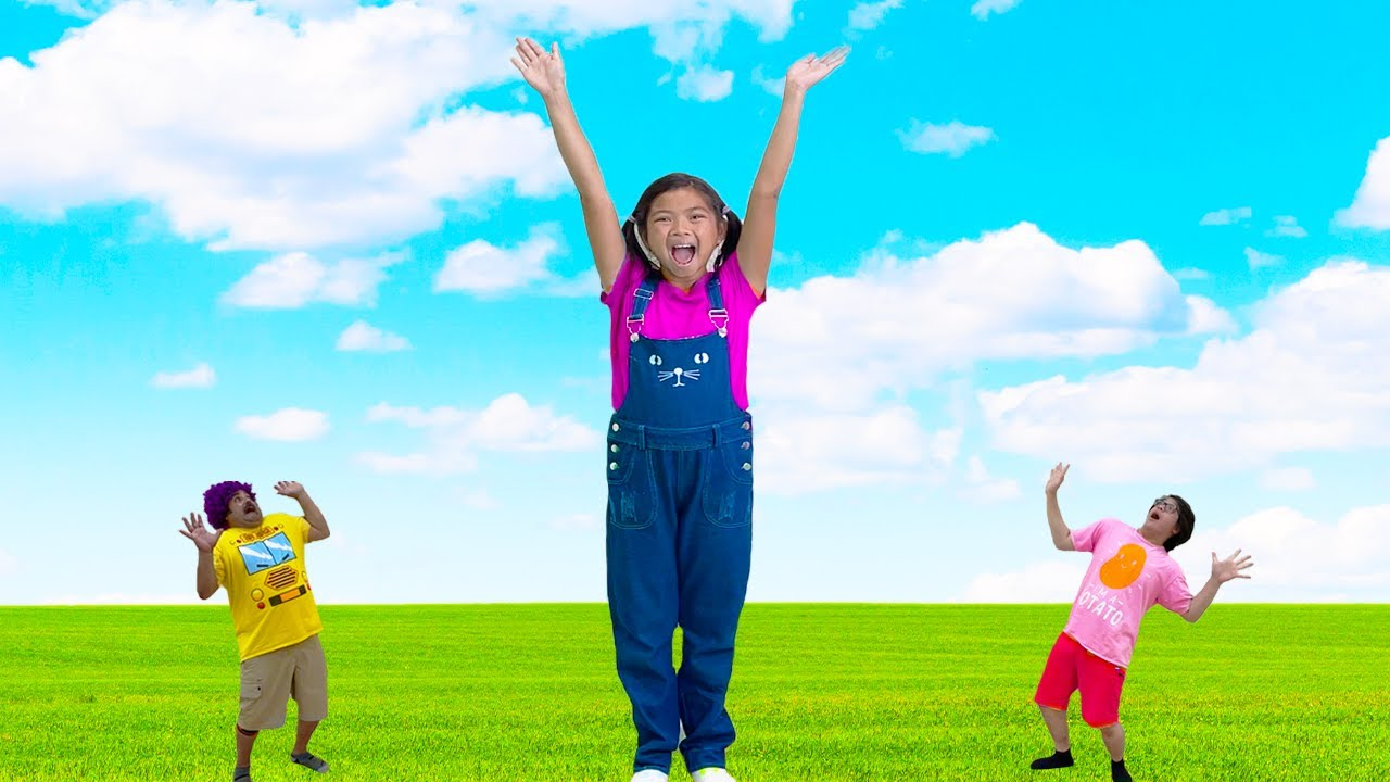 Download Emma Wants to Grow Taller to Play But Grew Too Tall | Grow Big and Tall by Eating Vegetables