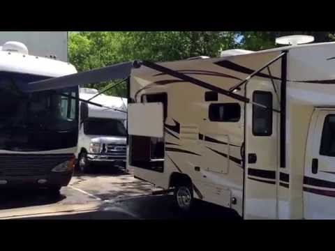 Small Class C RV Rentals In Nashville TN. Great For Family Trips.