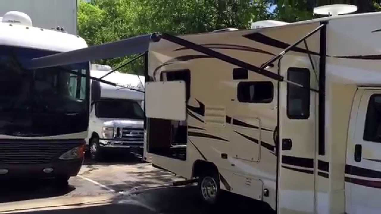 Small class c rv rentals in nashville tn great for family for Small motor homes for rent
