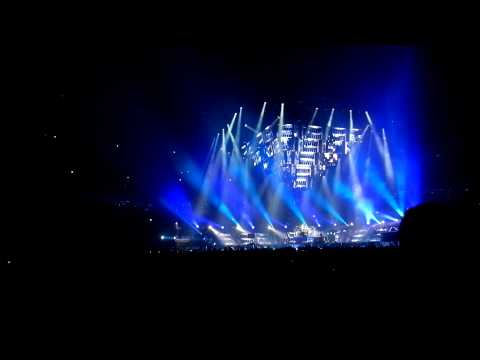 Muse-Hysteria, Live at the United Center 3/4/13