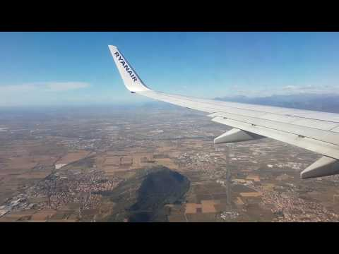 TRIP REPORT | RYANAIR | BOEING 737-800 | BREMEN - MILAN BERGAMO |  Almost Go-around??
