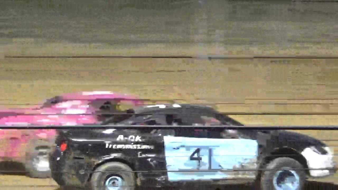 Leesville Speedway Stinger Cylinder Heat Race Youtube