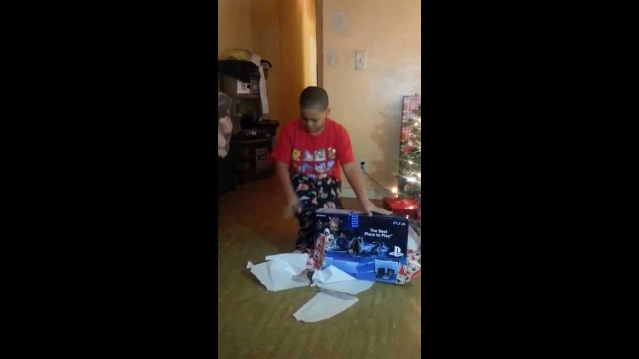 ps4 Christmas gift reaction - YouTube
