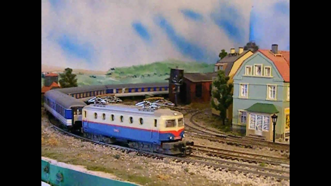 Passenger Cars For Sale >> (Layout) TT scale model railway train layout 11 - YouTube