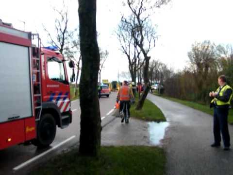 Brandweer komt ter plaatse bij dodelijk ongeval op de Zuiderdracht in Oosterblokker