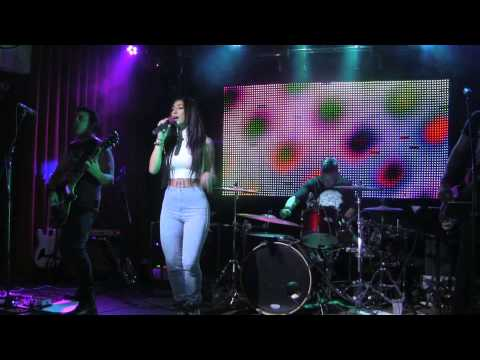 The Event Horizon - Shake It Off ( Taylor Swift ) - Xfinity Live - 6/6/2015