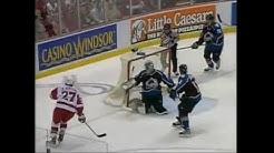 Wings score 7 in Game 7 vs Colorado (2002)